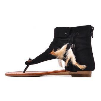 Czarne sandałki damskie boho z frędzlami