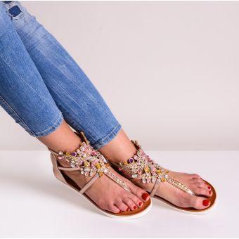 Damskie sandały na płaskiej podeszwie nude