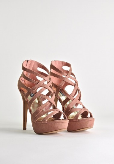 Różowe szpilki sandały