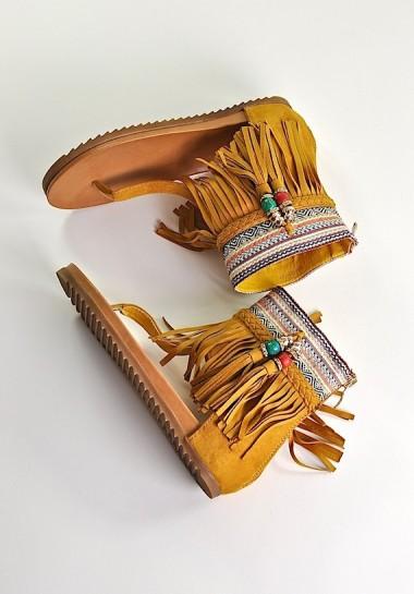 Sandały damskie boho z frędzlami żółte