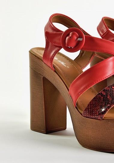 Sandały damskie na platformie i na słupku