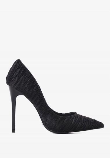 Eleganckie czarne szpilki