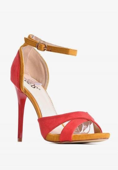 Czerwone szpilki sandałki na obcasie
