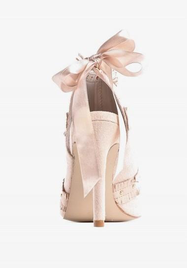 Zamszowe szpilki beżowe sandały z kokardą