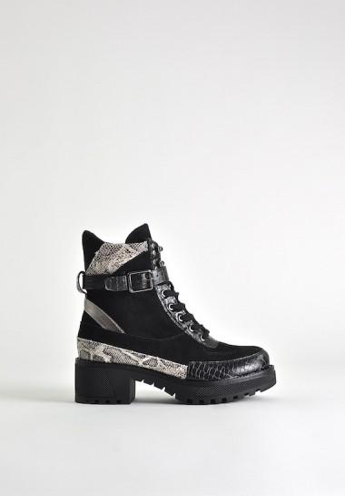 Czarne buty damskie na grubej podeszwie