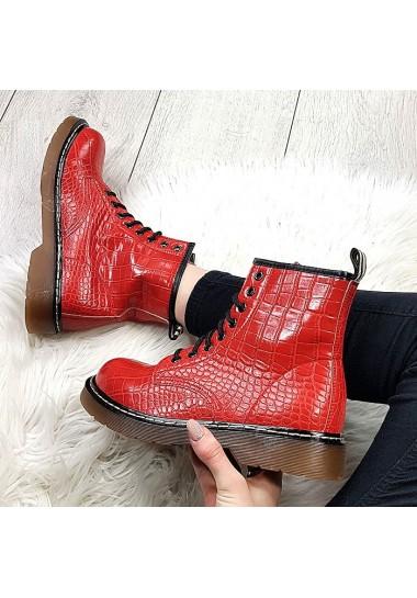 Czerwone garbowane botki za kostkę