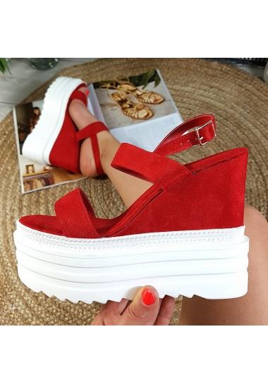 Wysokie czerwone sandały z eko-zamszu