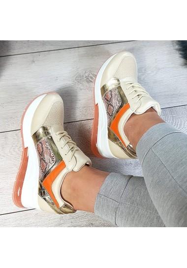 Złote sneakersy na koturnie pomarańczowe dodatki