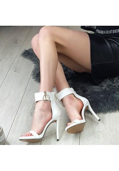 Białe kobiece sandałki na szpilce