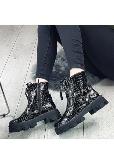 Czarne lakierowane botki ze srebrnym zamkiem