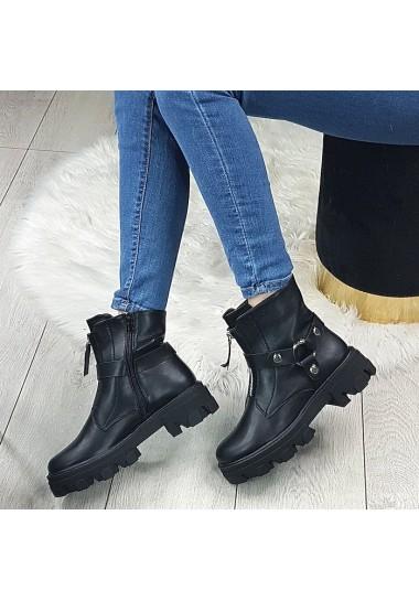 Czarne matowe botki ze srebrnym zamkiem