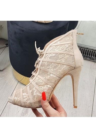 Beżowe koronkowe botki sandały na szpilce
