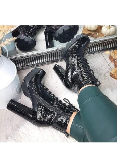 Czarne botki lakierowane na traperze