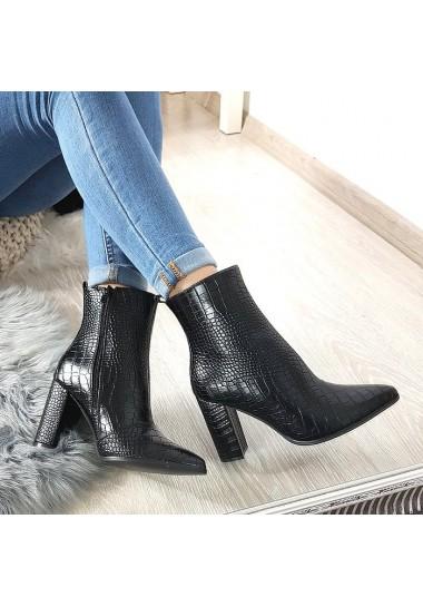 Eleganckie czarne matowe botki na obcasie